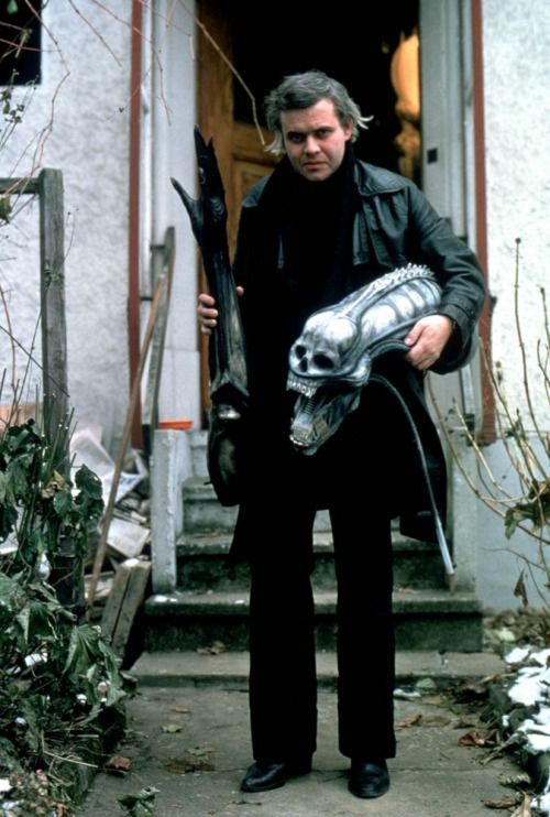 aliensandpredators:  HR Giger with xenomorph costume elements for Alien. Although a human skull form was used to form the base of the alien head, Giger intended for the creature to not have eyes via toutlecine.com