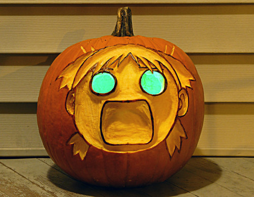 Oh.  Here's last year's jack-o-lantern that I never posted anywhere. Punctuality win.