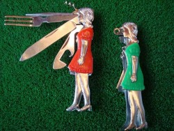 Woman Swiss Army Knife ~ La (via honeyed)