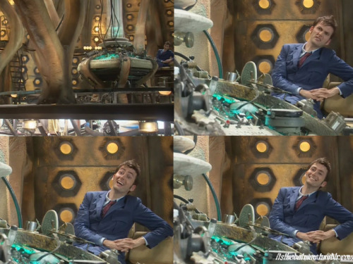 David Tennant - Doctor Who - Alternate Scene from Blink This is security protocol 7-1-2. This time capsule has detected the presence of an authorized control disc valid 1 journey. Please insert the disc and prepare for departure. On leaving the time capsule please don't do anything that would avert the creation of your own species. Thank you!