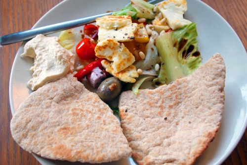 Halloumi salad Pitta, houmous, tomato salad with lemon and balsamic The only acceptable thing to eat in this heat!