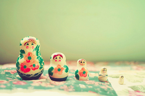 happythings:  lemaquillage: Matrioska (by autom4tica)   i like russian dolls! =D