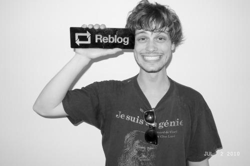 loveyourchaos:  letsgobananas:terrysdiary:Matthew Gray Gubler… Reblog!