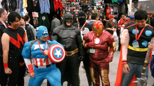 The meeting between the Avengers and the Justice League resulted in a total disaster.