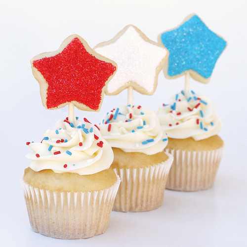 4th of July Cupcakes (by Glorious Treats)
