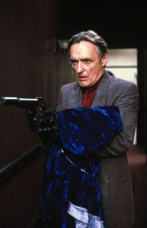 Dennis Hopper as Frank Booth in David Lynch's Blue Velvet (1986).