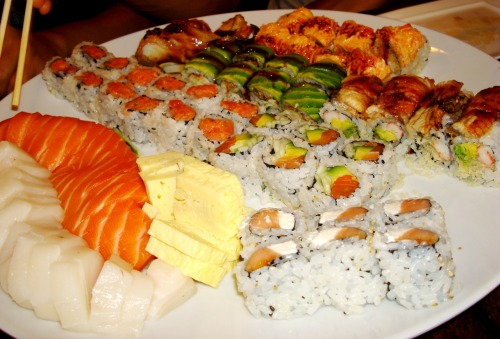 Craving sushi? Monday night dinner with friends. Pretty bad service at Sushi Palace tonight. No only did the waitress give our table to some other group while we were first in line AND had a reservation, but she also later removed the same group FROM their seats to re-seat us. This caused that group to later leave the restaurant. Then on top of poorly cut sashimi, not getting any plates for the first 20 minutes of sitting, asking for spicy mayo 3 times and never getting it, not get our spicy seaweed appetizer, getting weird overly purple red bean ice cream, and not getting our second round of sushi, the night would have been pretty fail if the food had not been good. Reminder to self: never go on a Monday. The two servings of yummy green tea ice cream made it all better in the end. Sushi Palace. Edison, New Jersey.