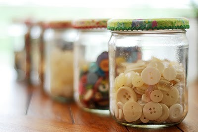 junkgardengirl:  pre-kteacher:  The Home in Paradise: Button jars