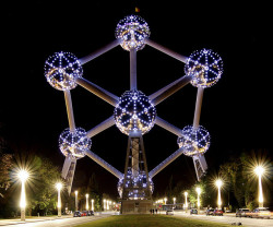 The Atomium, Brussels, Belgium by 1kroc1