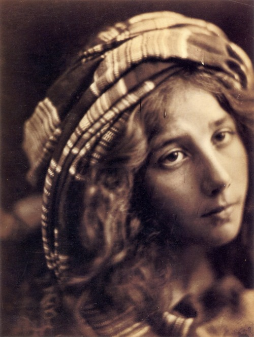 rebecasroom:  Julia Margaret Cameron Kate Keown, may 1868
