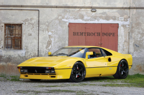 italiancars:  Nicely photoshopped Ferrari 288 GTO. (via dvospeed)