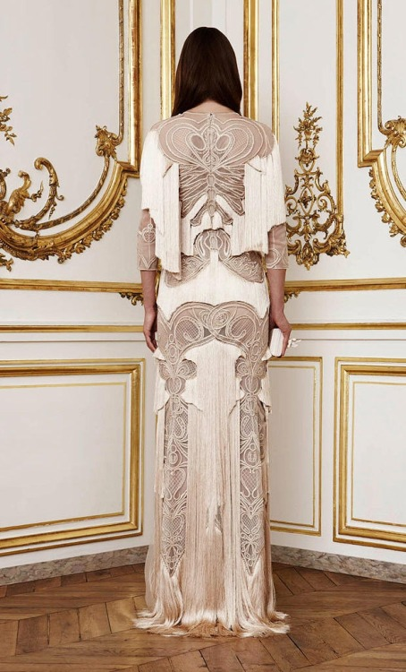 Another image from Givenchy couture Fall 2010.  The back is even more lovely than the front, here.  I guess Goth is making a resurgence! (Image via Fashionising)