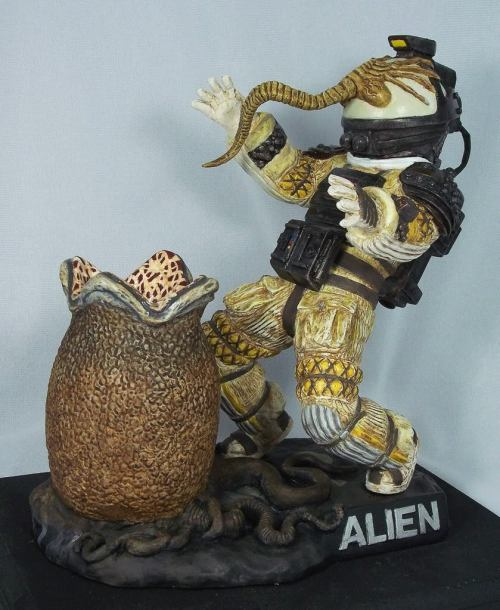 Kane & Alien Egg by Morbid Models x