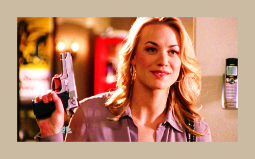 bestofluck:  Because that is how Sarah Walker deals with stress.