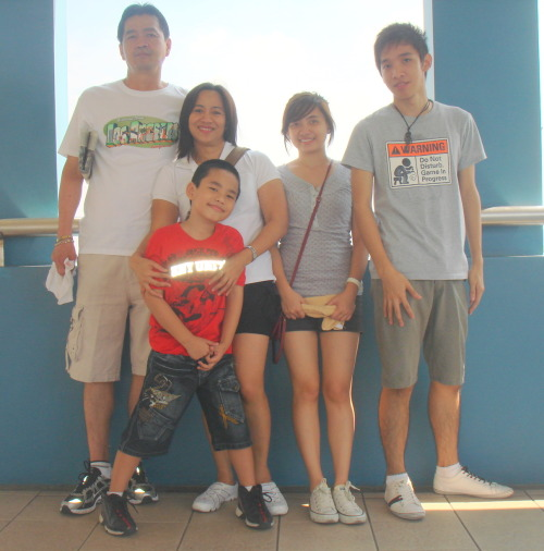My Family. Last Sunday (07-11-10), we went for a walk in Baywalk. We ate breakfast at Jollibee then walk going to the Coconut Palace. It was tiring and hot. But we manage to walk for like more or less three kilometers. T'was fun though. After walking and walking, we went to MOA to watch Karate Kid. Although it was my second time watching it, t'was as awesome as ever! Love Jaden Smith! Then after watching, we went to SM Centerpoint to eat lunch and do groceries. T'was a tiring but super enjoyable day! I love my Family! :))