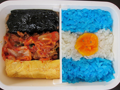prettyfoods:  W杯弁当 Germany vs Argentina - World Cup Bento (by SandoCap)