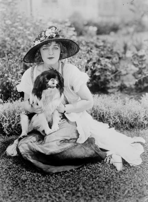 Mildred Davis in 1921 Image Source: Wikimedia Commons