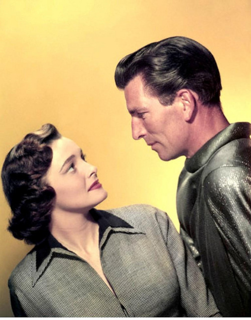 Patricia Neal and Michael Rennie in a publicity still for The Day the Earth Stood Still (1951)