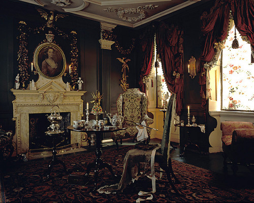 my-ear-trumpet:  setemares:  tiruch: James Brittain Drawing room.     1st floor.Mid 18th Century Drawing room.Dennis Severs'House.