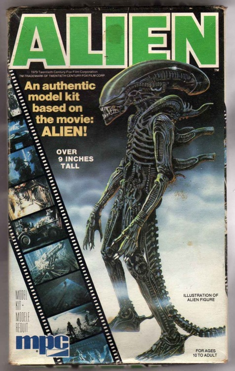 vintage Alien model kit via photobucket.com