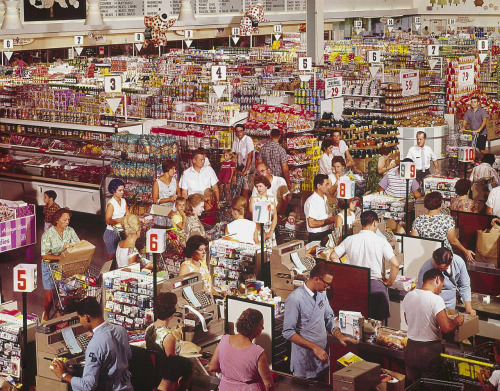 fringecharming:  reckon:  reblololo:  1964. The Super Giant supermarket in Rockville, Maryland. Color transparency by John Dominis, Life magazine photo archive.