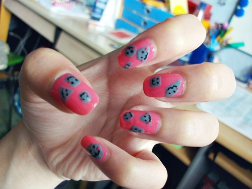 I wasn't home for a few days, but here you go :D gonna do my nails today.