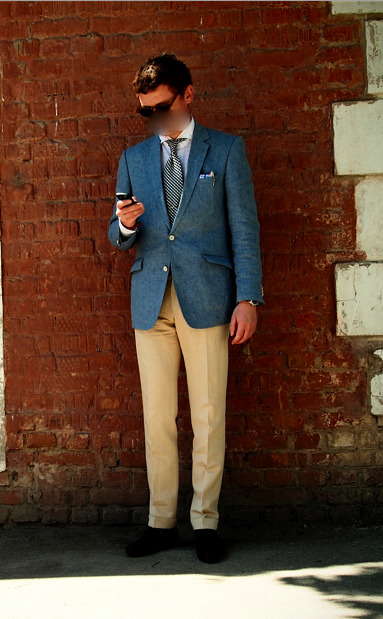 Another simple combination of blue jacket and neutral pants for summer, this one from Igor in Russia.  The white buttons and hacking pockets on the coat give a little extra interest.  I'll post a nice casual shot of Igor tomorrow for a bit of contrast.