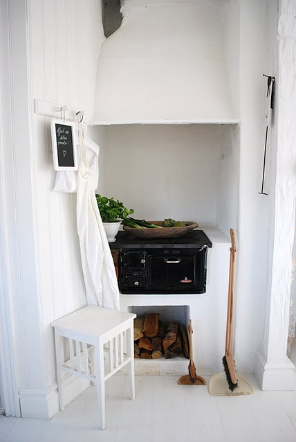 myidealhome:  old cooking corner.