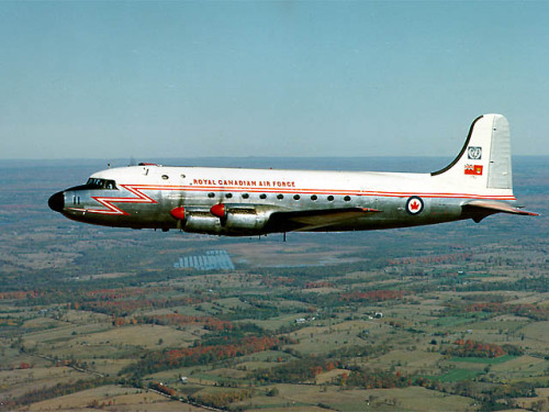 planeshots:  Canadair C-54GM North Star