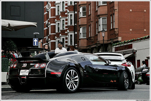 Bad blood Starring: Bugatti Veyron Sang Noir (by rubmifer)