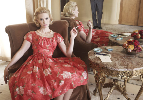 sarahchristine:  bohemea: January Jones - Mad Men Season 4 Promo  I'm having another little get together Sunday night. I've prepared a menu for everyone. Henry and I will receive promptly at 7.