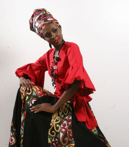 fyeahafrica:  afro-art-chick:  Taé - Female clothing and Accessories