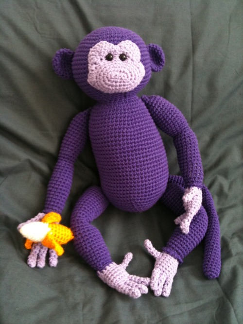 Crochet monkey I was commissioned to make for a friend to give as a handmade gift. This was the largest toy i've ever made, and it took much longer than i expected to finish. Pattern is from etsy: http://tinyurl.com/3779u7j
