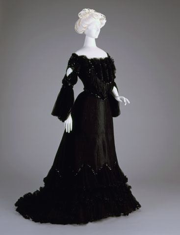 defunctfashion:  Evening Dress | c. 1892