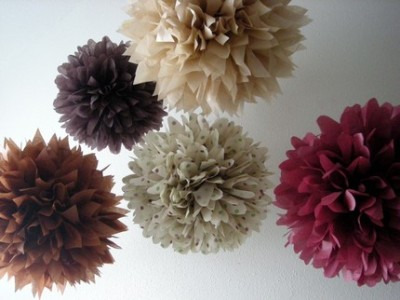 pom poms for friday! [via: pomlove]