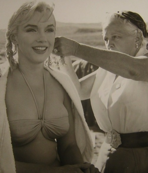 "Marilyn Monroe on the set of The Misfits (1961, dir. John Huston) ""She's American and it's very clear that she is. She's very good that way - one has to be very local to be universal."" -Henri Cartier-Bresson on Marilyn Monroe, quoted in James Goode's The Making of the Misfits"