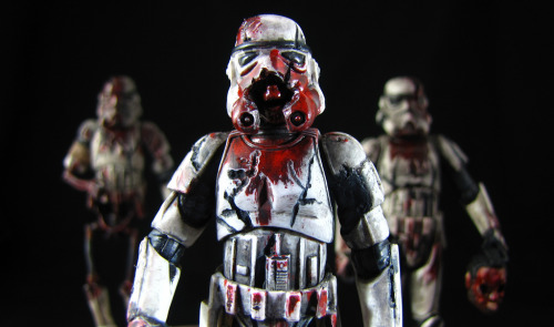 Death Troopers // by vader9900 Dave is one of my favorite toy customizers out there, and he has really brought the Death Troopers book to an undead life with these guys! Click the image below to see the full set.  Sweet dreams…