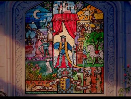 The first stained glass window seen in the prologue has the Latin phrase 'vincit qui se vincit', which means, in a subtle prefiguring of the arc of the whole story, 'He conquers, who conquers himself'.