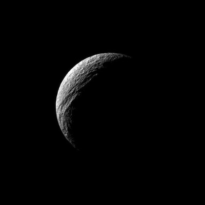 dendroica:  Chasma Crescent on Saturn's moon Tethys (by NASAJPL)