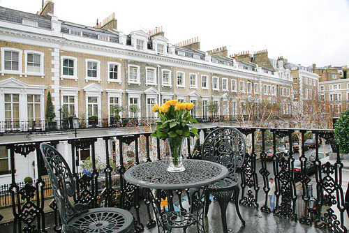 theworldwelivein:  Romance London (1) (by FriendlyRentals)