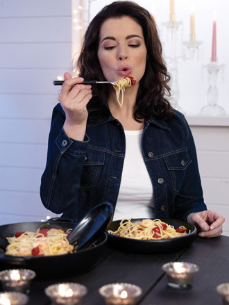 It's only spaghetti, Nigella, Stop it.