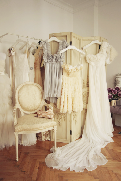 (via dress design decor)