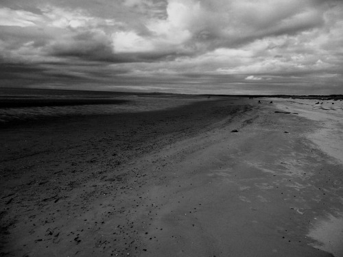 Day 353 of 365 (30 Jul 2010) - East Beach, Nairn I got home from my break in the Scottish Highlands and felt that I needed to make this shot of the East Beach in Nairn a touch more dramatic, so I darkened it a bit and made it monochrome.  Mean and moody. - by zawtowers