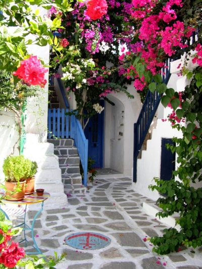 littlegreengarden:  sunagimomazui:  sunsurfer:  Parros Island, Greece photo from danis