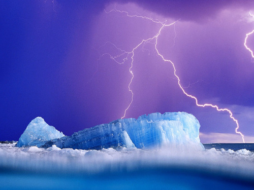 sunsurfer:  Ice Lightning, The Arctic photo from grouchstone