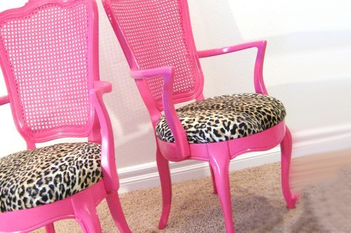 Want these chairs!!  (via jessikadollyxo, yagirllar)