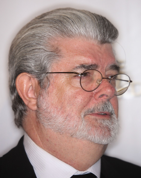 When he is signing autographs, fans confuse George Lucas' neck for the actor who portrayed Jabba the Hut.