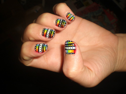 wahnails:  Rainbow Azz!