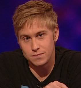 feckyeahrussellhoward:  oohlook: russell'howard - fit  absolutely gorgeous(: