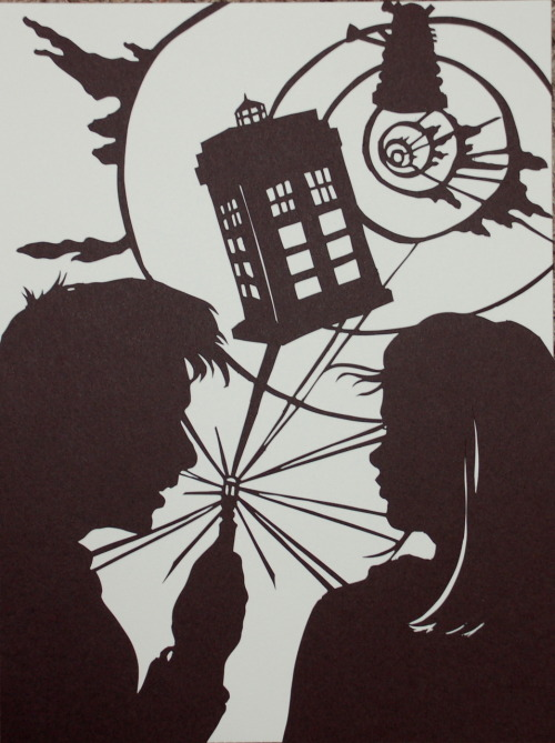 tardisadventures:  whospam:    Doctor Who and Roseby ~Gateship